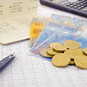 為替介入が原因でスイスフラン急変動!スイスフランの特徴